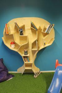 Kinderopvang Bambaloe Groningen Zuid - blauwe groep - boekenboom